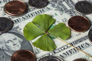 привлечь удачу и деньги читать заговор