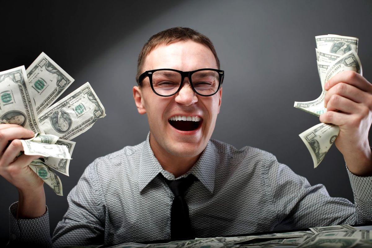 Люди в деньгах картинки