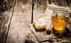 Заговор на хлеб с мёдом