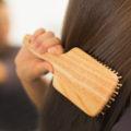 Денежный заговор на расчёску